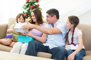 oral hygiene tips for the holidays from your thornton dentist